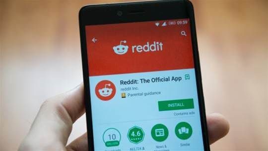 Reddit pips out Facebook to become the third most popular site