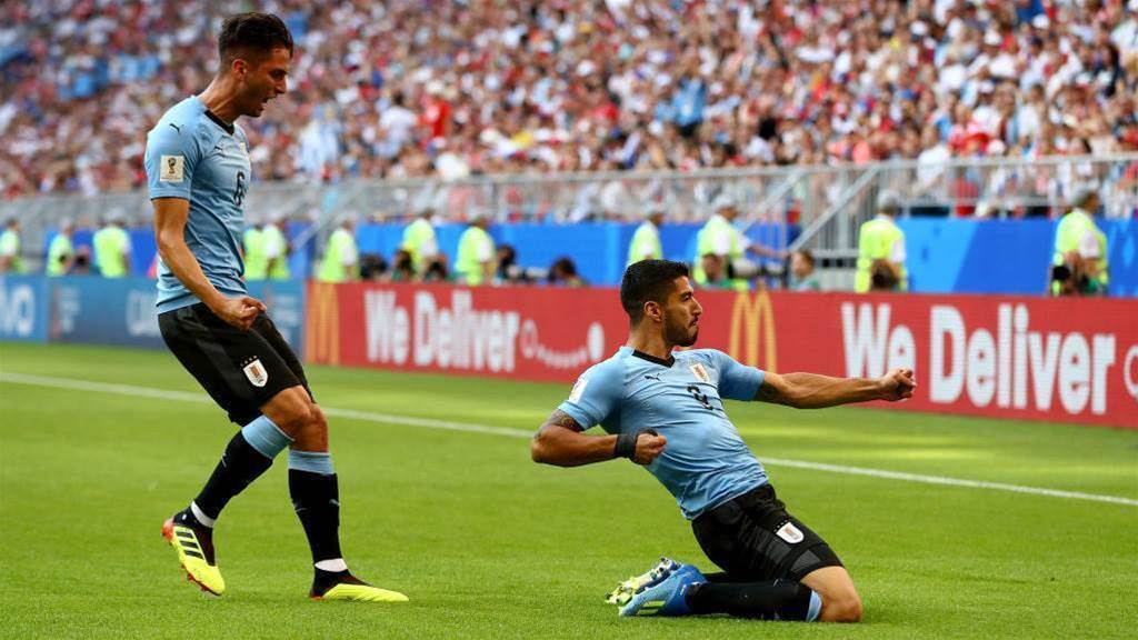 Russia suffer first World Cup defeat after losing 3-0 to Uruguay