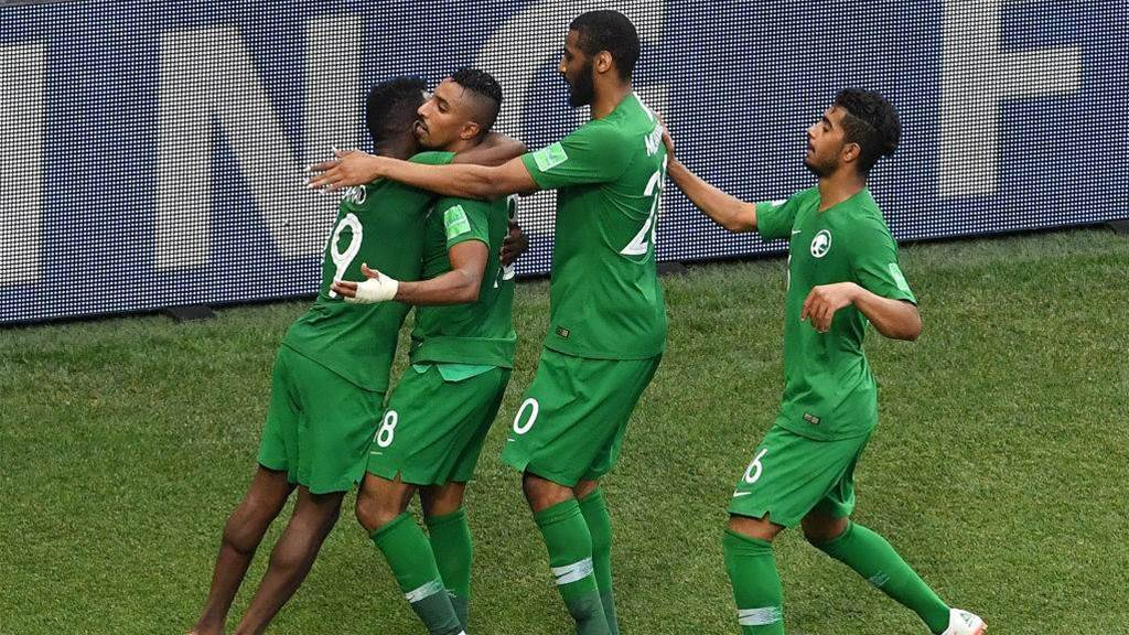 Last-gasp goal hands Saudi Arabia 2-1 win over Egypt