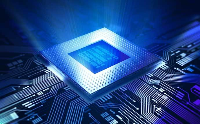 AMD cranks heat on Intel with next-gen 7nm chips