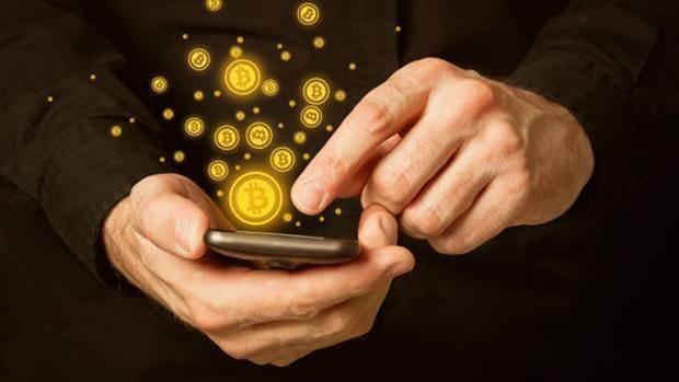 Bitcoin drops below $US7,000