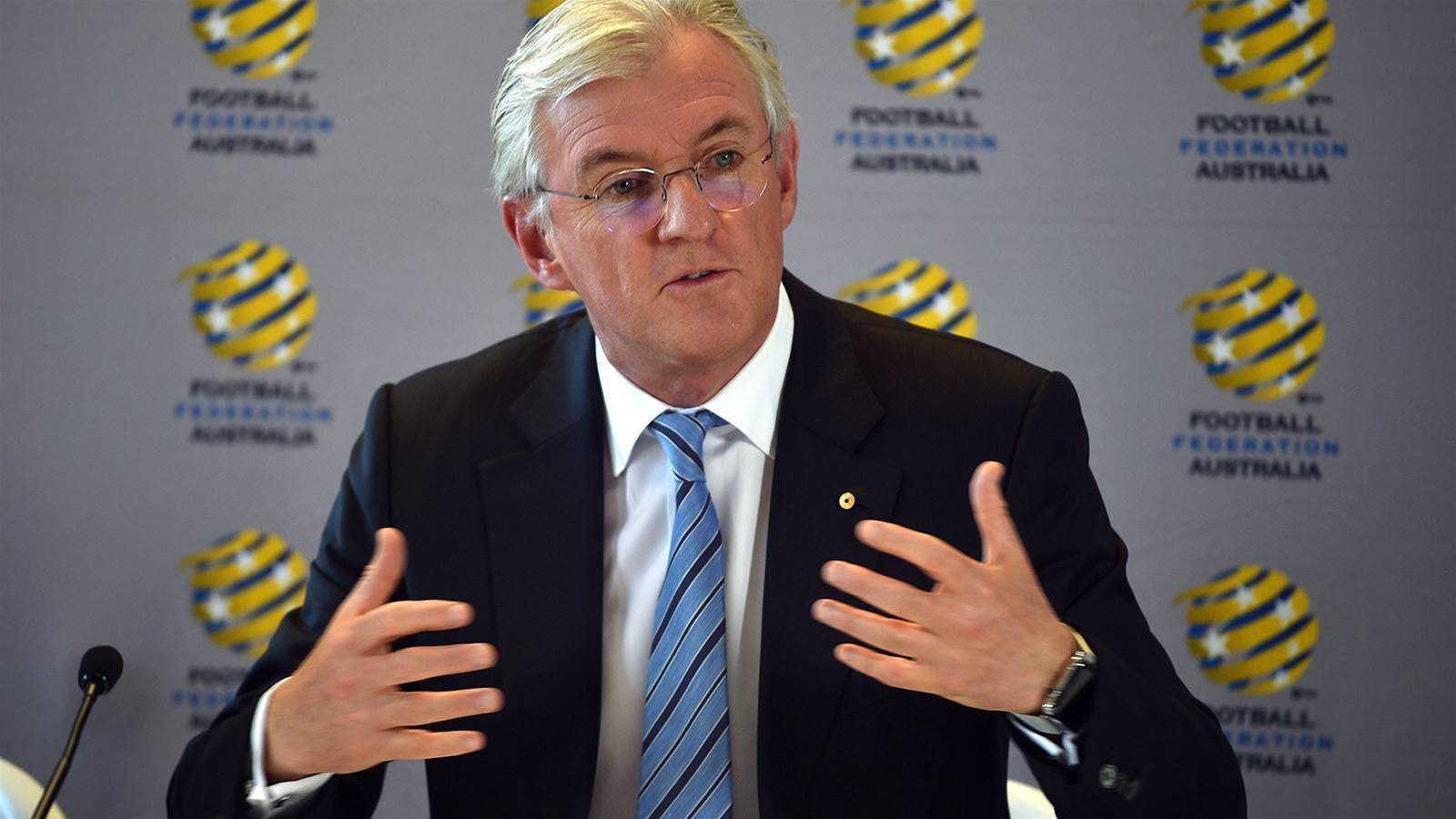 Lowy's all-in quit ploy to put pressure on FFA reforms