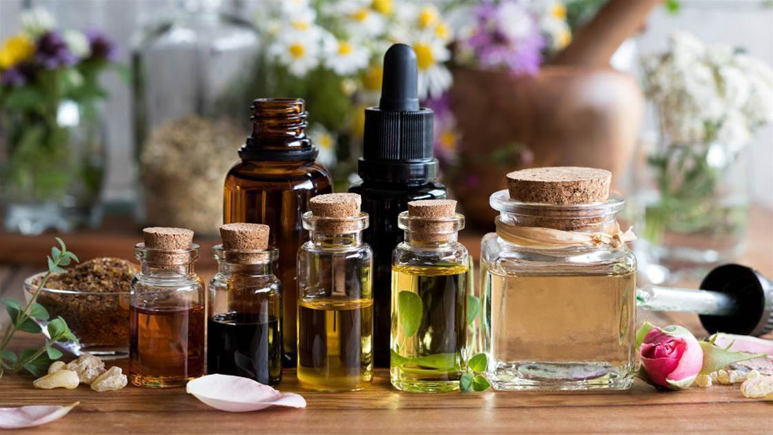 3 Essential Oils To Use During Yoga
