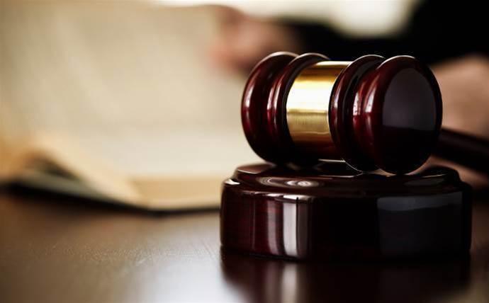 Commander sues reseller over contract breach