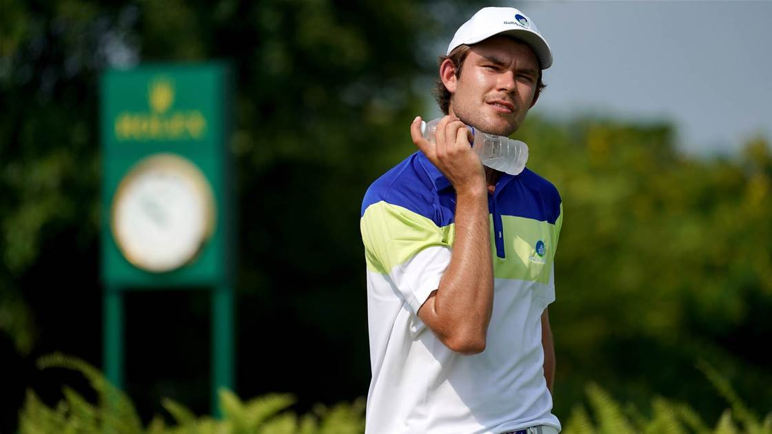 Boom amateur Murray mulls over turning pro