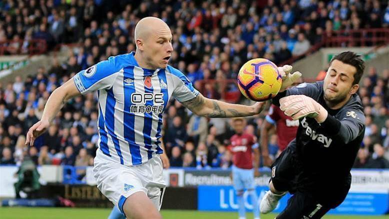 Mooy closes in on unwanted shooting record