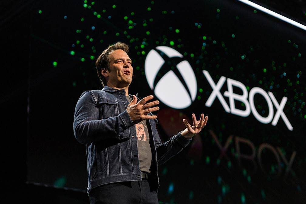 Microsoft combines video gaming and Azure to take on Amazon
