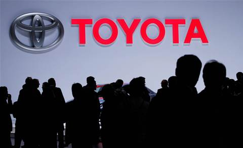 Toyota to supply hydrogen fuel-cell tech to China's FAW, Higer Bus