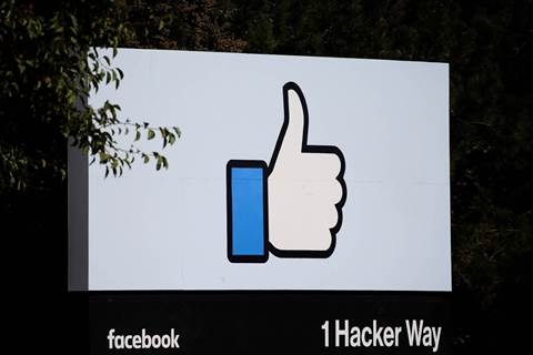 Facebook to create privacy panel, pay $7bn to US