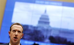 Zuckerberg meets Trump on fence mending trip to Washington