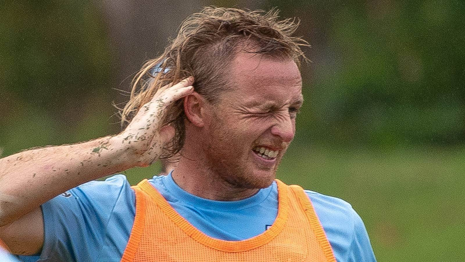 Socceroo's Near Death Surfing Experience