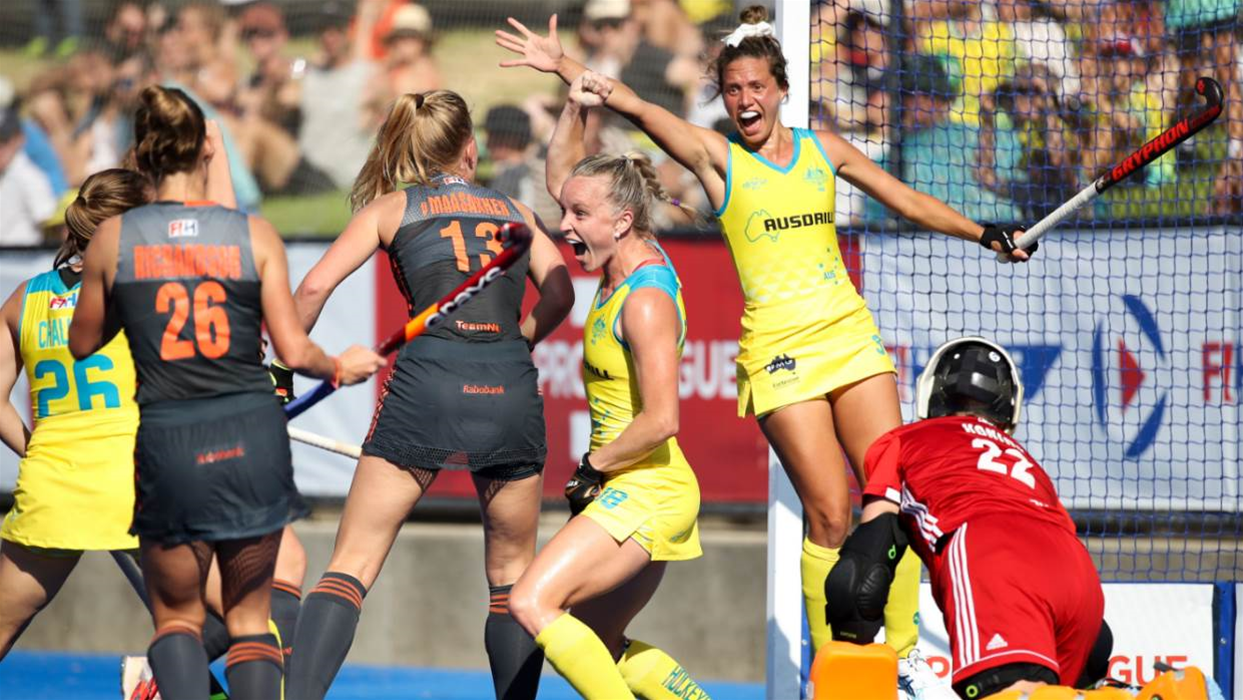 Huge Win for the Hockeyroos