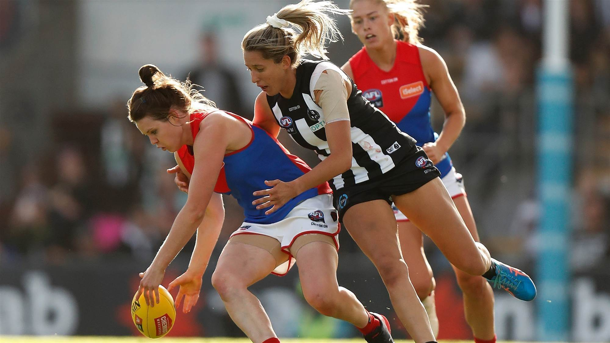 O'Dea on fire as Dees down Pies