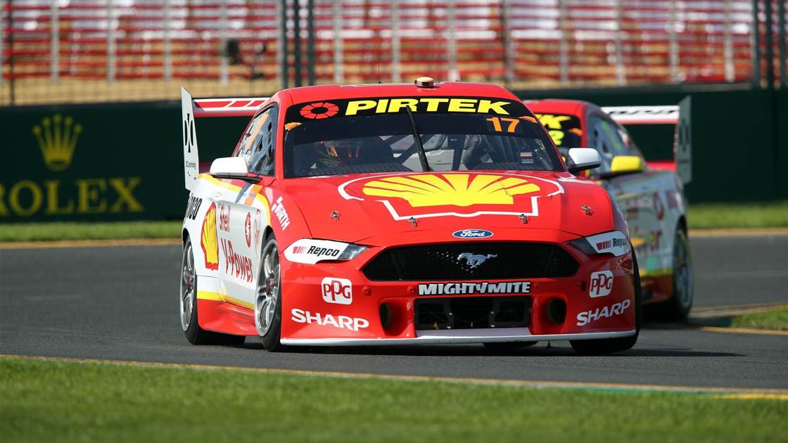McLaughlin dominates Albert Park Supercars