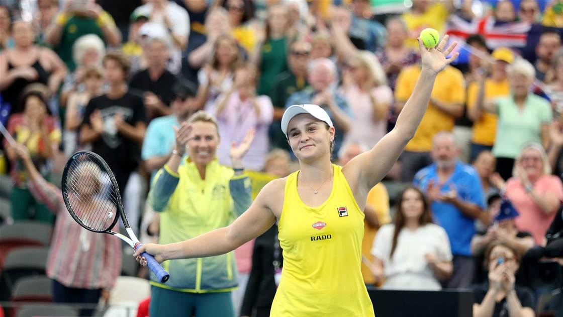 Barty gives Australia the lead