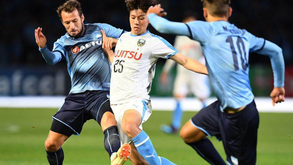 'Players want to play': no rest for Sydney FC's big guns