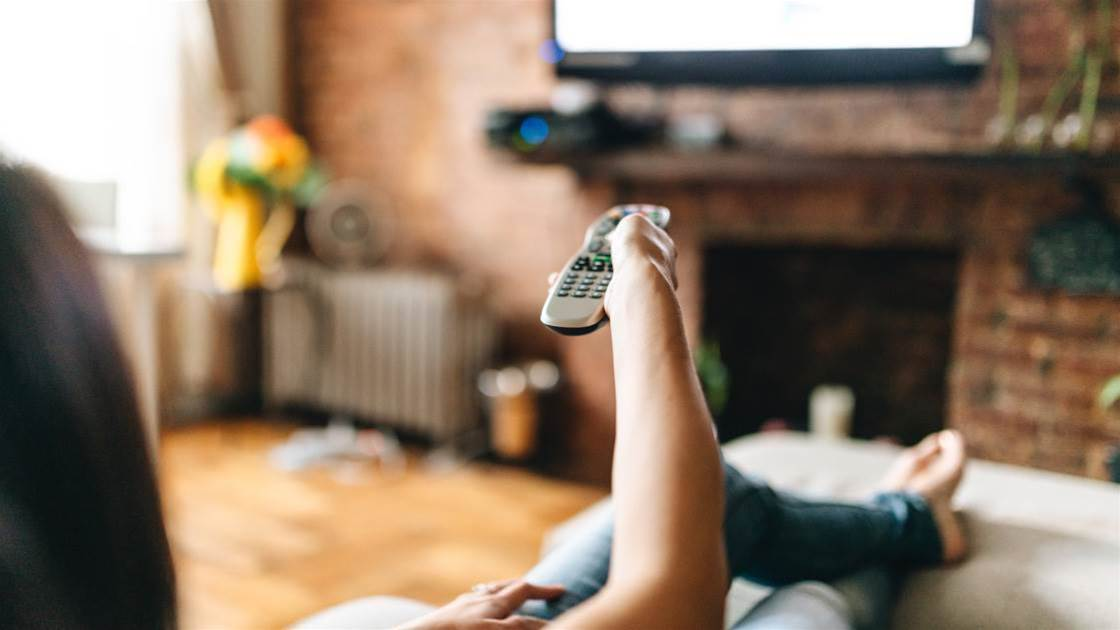 9 Ways To Watch TV The Healthy Way