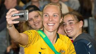 Matildas' Tameka Yallop returns to Roar