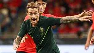 Maclaren out, Taggart in for Socceroos