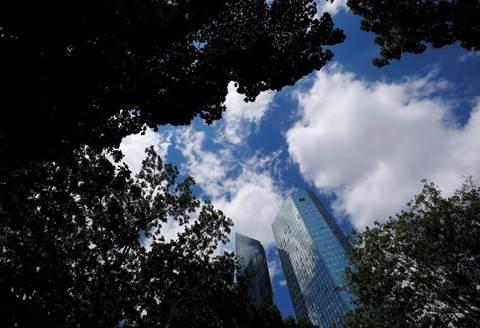 Deutsche Bank taps US tech companies for makeover