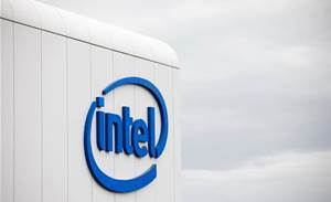Coronavirus clouds Intel outlook, despite short-term PC buying bump