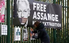 Trump ally offered Assange pardon