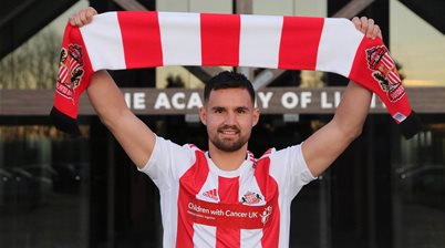 Sunderland sign Socceroo
