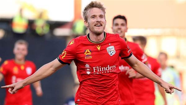 Verbeek hoping Halloran stays, but enjoying 'running out of contract' form