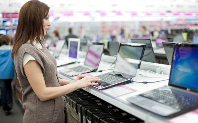 Production woes stifle PC shipments