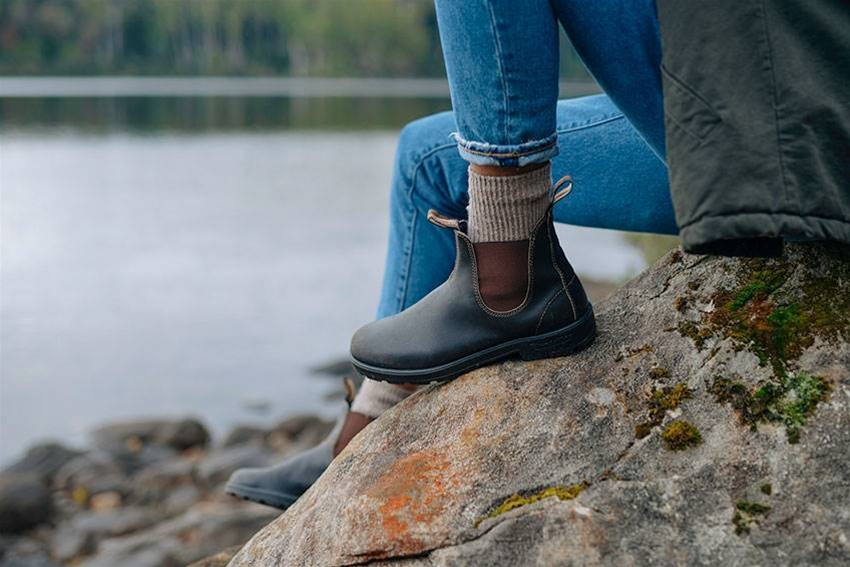 subscribe to frankie to win a pair of blundstone boots