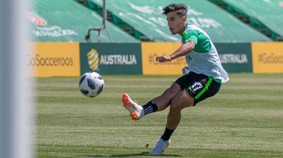 Socceroo Arzani joins FC Utrecht on loan