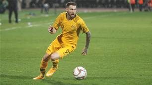 Socceroo signs new SPL deal