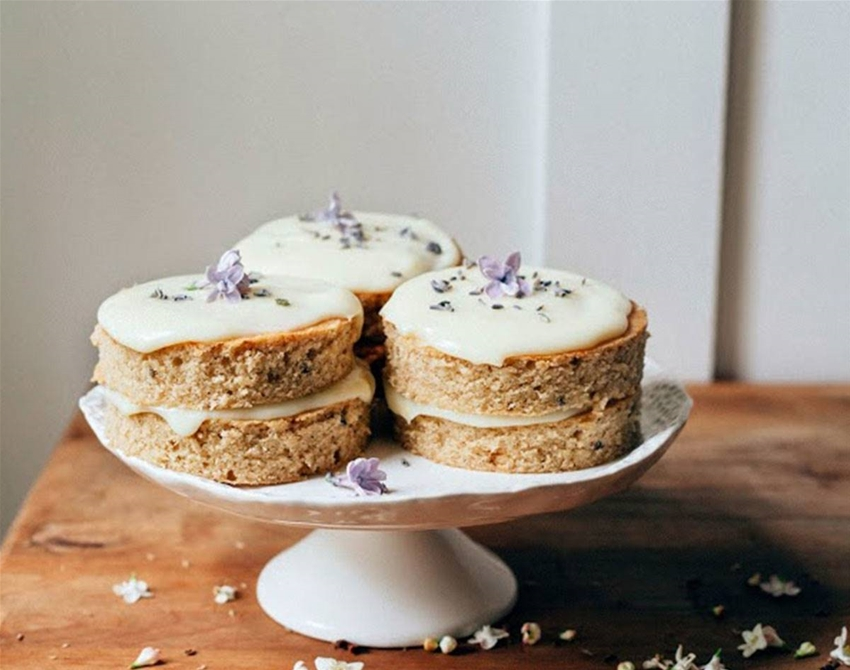 lemon, lavender and earl grey cake