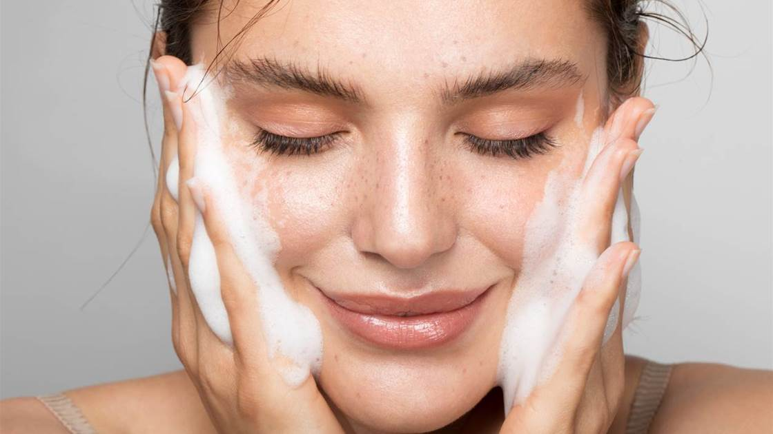How To Get Glowing Skin With AHAs (Alpha Hydroxy Acids)