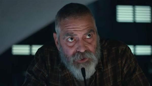 George Clooney hospitalised after crash dieting