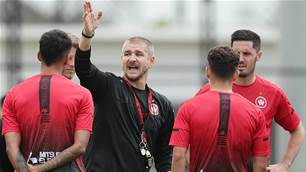 'It takes a big man to walk away...' - Wanderers coach ready to face Jets' heat