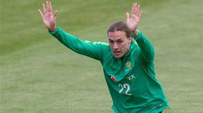 'What a big club this is...' - Socceroo Irvine seals Hibernian move
