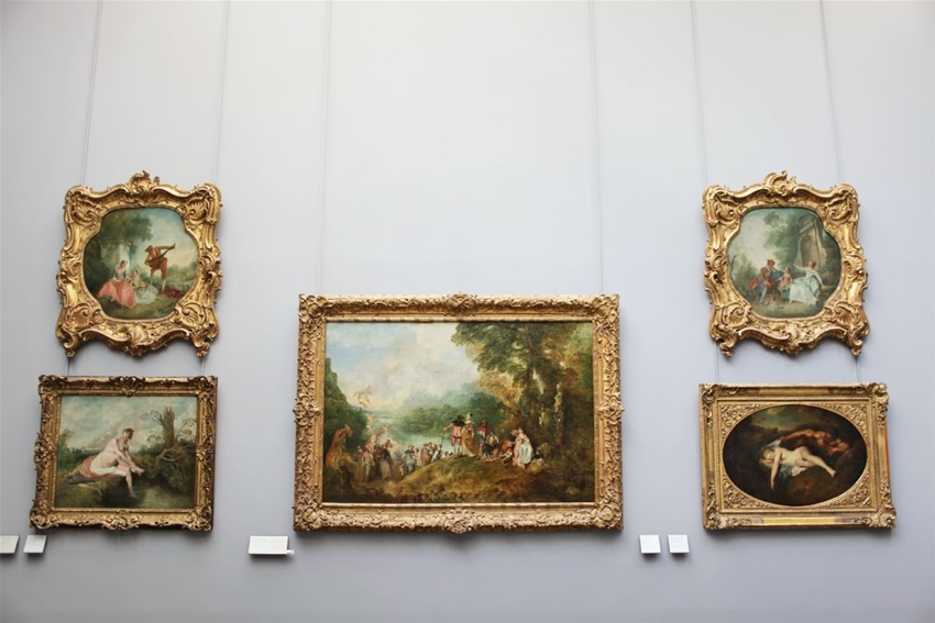 over 480,000 artworks from the louvre are free to view online