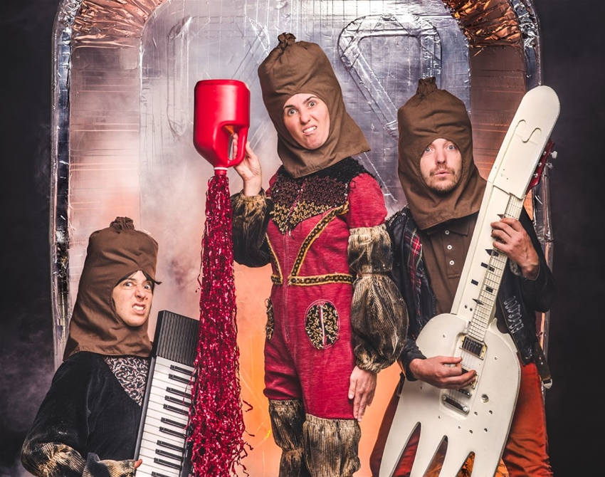 get to know the burnt sausages, melbourne's premier bbq-themed band