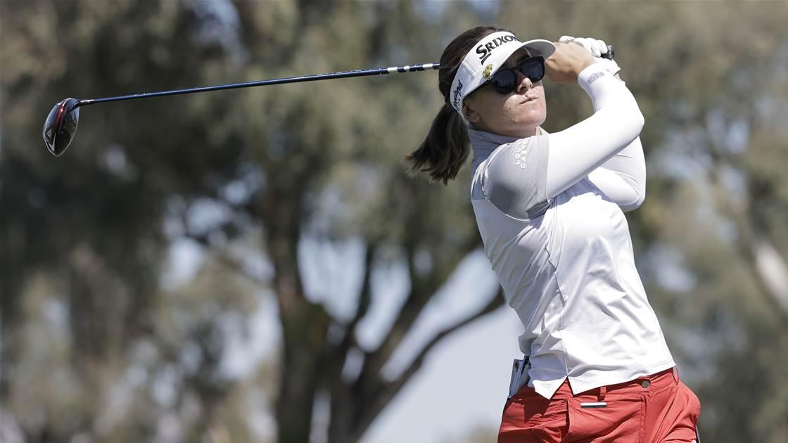 Green blasts her way towards LA Open lead
