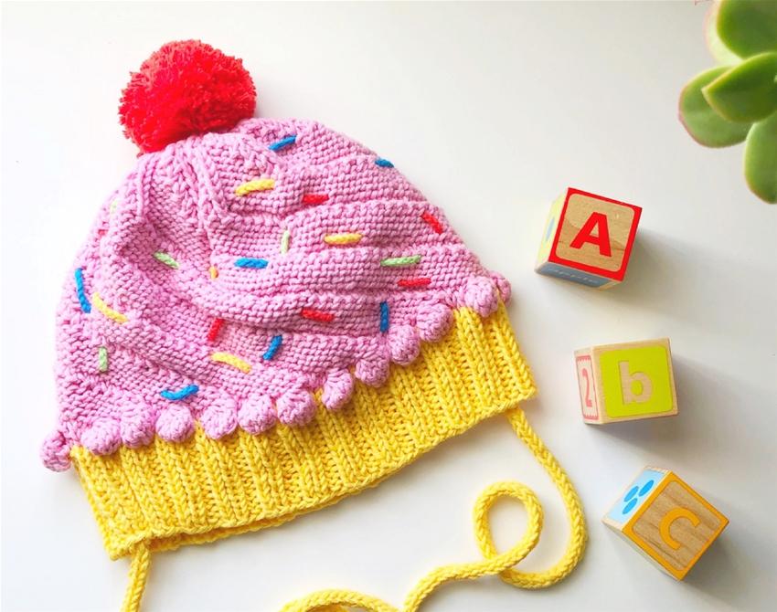diy knitted cupcake beanie