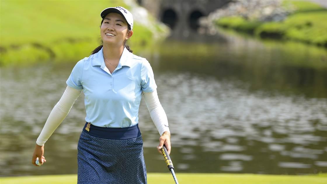 Medallist Zhang reaches quarterfinals at U.S Girls' Junior