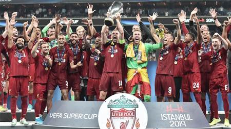 Adrian the hero as Liverpool win Super Cup
