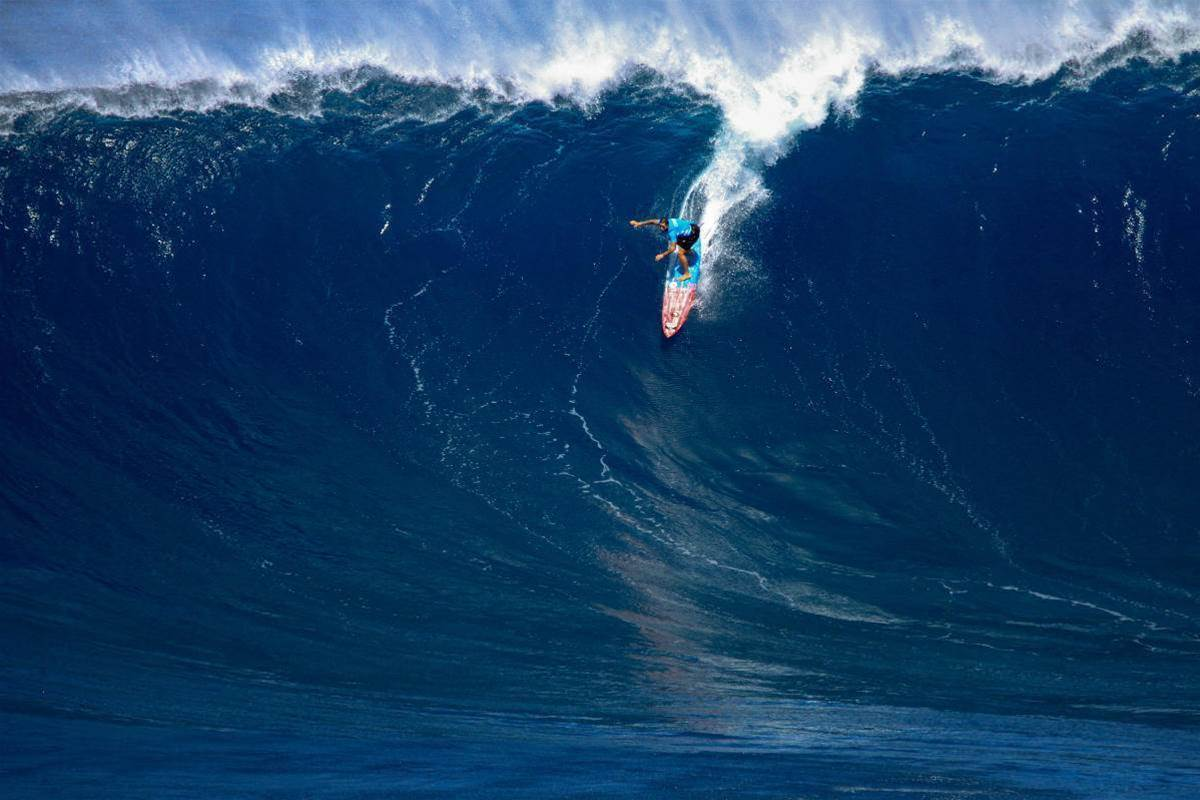 Billy Kemper and Paige Alms Are Our New Big Wave World Champions
