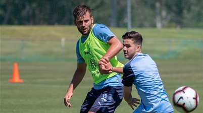 Sydney FC promote trio of youngsters