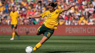 FFA makes Sam Kerr offer amid Europe bids
