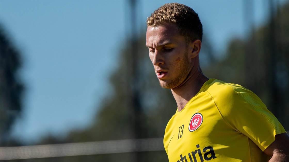 Wanderers re-sign rising Olyroos star