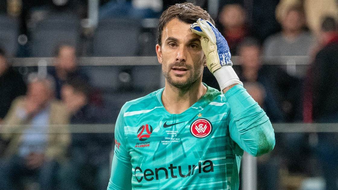 Wanderers re-sign Lopar for two seasons