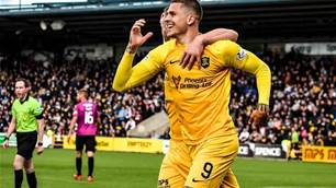Craig Moore calls Aussie striker 'one player in Scotland' who can beat big two