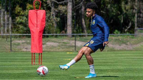 Silvera back at Mariners after MLS trial